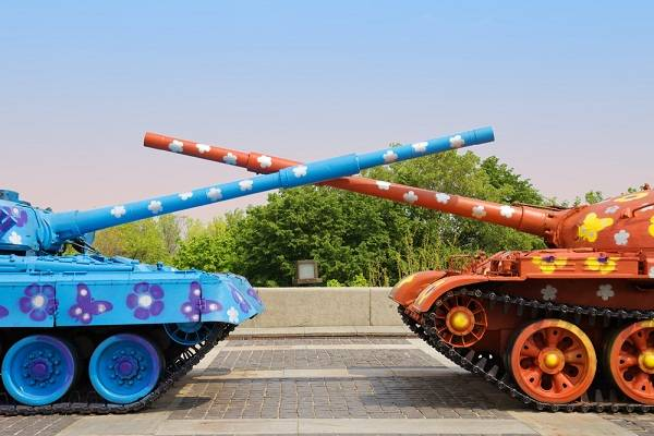 FOCUS: Tank Paintballing in Nottingham